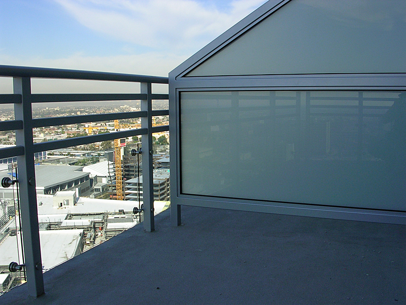 Glass Privacy Screen